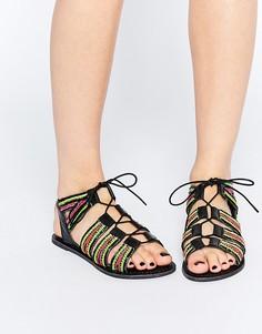 Кожаные сандалии на шнуровке с отделкой бисером ASOS FOSS - Яркий микс