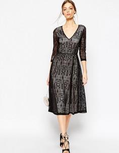 Кружевное платье миди на контрастной подкладке ASOS