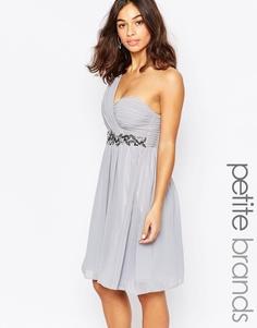 Короткое приталенное платье на одно плечо с декоративной отделкой Little Mistress Petite - Серый