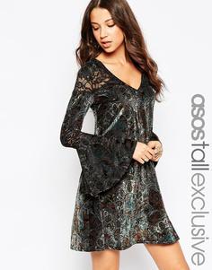 Короткое приталенное платье c принтом пейсли и отделкой деворе ASOS TALL - Мульти