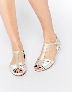 Атласные туфли для особых случаев ASOS JENNA - Слоновая кость