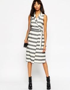 Платье в полоску с запахом ASOS Premium - Полоски
