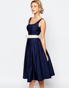Платье миди для выпускного со складками Chi Chi London - Темно-синий
