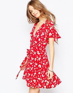 Чайное платье с запахом спереди и цветочным принтом ASOS - Мульти