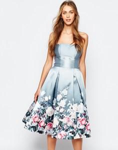 Платье миди с лифом-бандо и цветочным принтом Chi Chi London - Серый с цветочным принтом