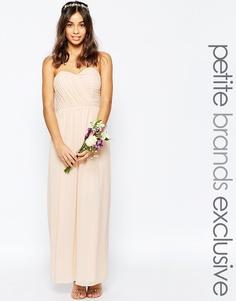 Шифоновое платье макси в стиле бандо TFNC Petite WEDDING - Телесный