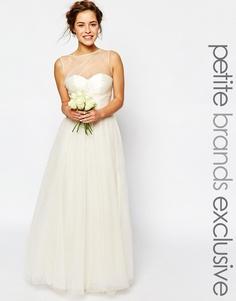 Свадебное платье макси с драпировкой на лифе Chi Chi London Petite - Кремовый