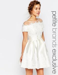 Свадебное платье мини Chi Chi London Petite - Кремовый