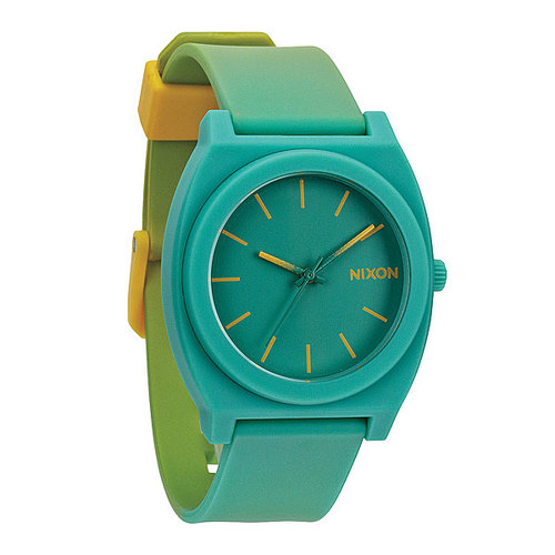 Где в таллинне купить часы nixon