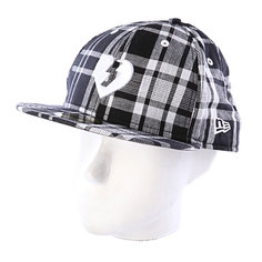 Бейсболка New Era Mystery Heart NewEra Plaid/Black/White