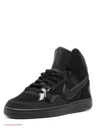 Сникеры Nike