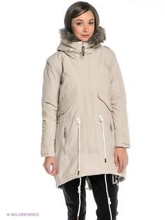 Куртки Reebok