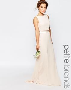 Сатиновое платье макси с бантом сзади TFNC Petite WEDDING
