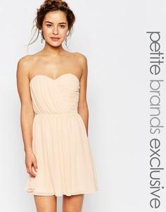 Шифоновое платье‑бандо мини TFNC Petite WEDDING - Телесный