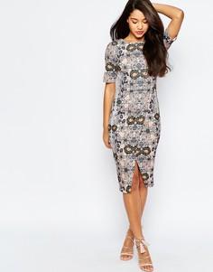 Платье-футляр с запашной юбкой и зеркальным цветочным принтом ASOS - Мульти