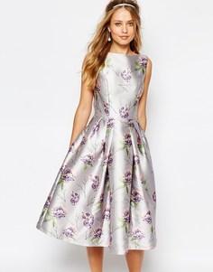 Платье миди для выпускного со сплошным цветочным принтом Chi Chi London - Floral multi print