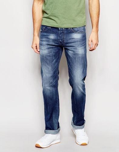 Прямые эластичные джинсы с грязным эффектом Diesel Jeans Safado 848C - Умеренный выбеленный