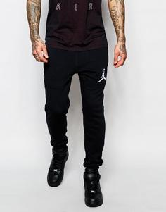 Зауженные джоггеры Nike Jordan 689016-010 - Черный