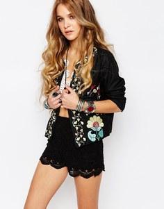 Куртка в стиле фолк с вышивкой Glamorous - Черный