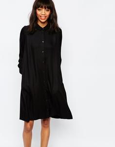 Свободное платье-рубашка с воротником Monki - Черный