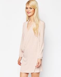 Платье-туника с запахом и драпировкой спереди ASOS - Розовый