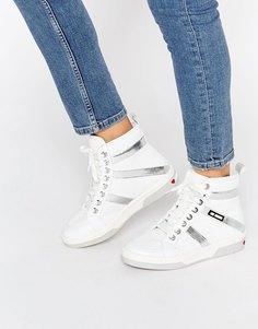Высокие блестящие кроссовки Love Moschino - Белый блестящий