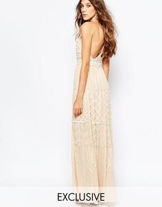 Декорированное платье макси с глубоким вырезом и открытой спиной Frock and Frill - Телесный