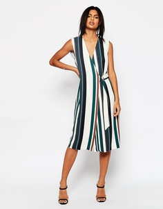Мягкое платье в полоску с запахом и D‑образной пряжкой ASOS - Мульти