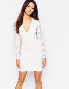 Облегающее платье со спинкой и рукавами из кружева Club L Essentials - Белый