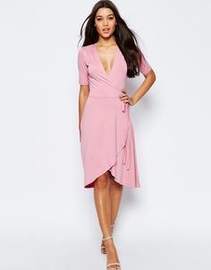 Чайное платье миди с запахом ASOS - Нежно-розовый