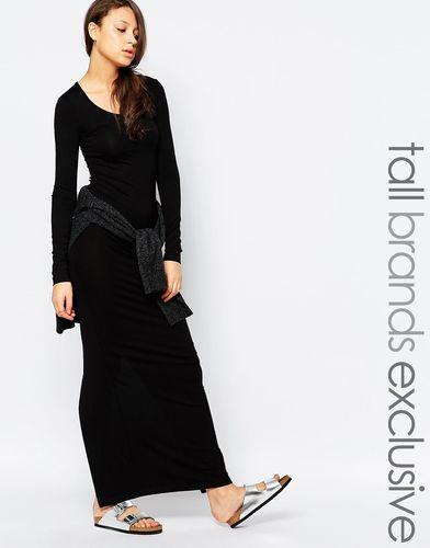 Платье макси с разрезом сзади и длинными рукавами TTYA - Черный
