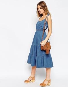 Джинсовое платье миди с завязками ASOS Layla - Синий выбеленный