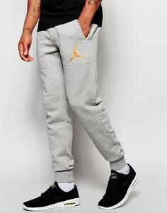 Зауженные джоггеры Nike Jordan 689016-066 - Серый