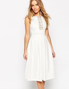 Бальное платье миди с кружевной отделкой ASOS - Слоновая кость