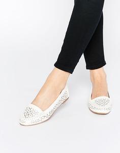Белые туфли на плоской подошве с вырезами Head over Heels By Dune Hasier - Белый