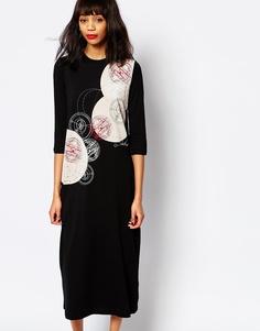 Платье миди с графическим принтом Monki - Черный