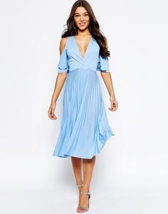 Плиссированное платье миди с вырезами на плечах ASOS - Бледно-синий