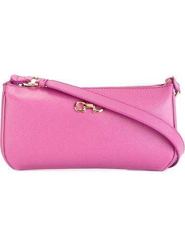 Женские сумки Salvatore Ferragamo: купить с доставкой из