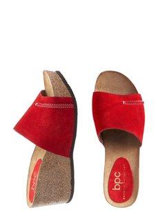 Кожаные пантолеты на платформе (красный) Bonprix