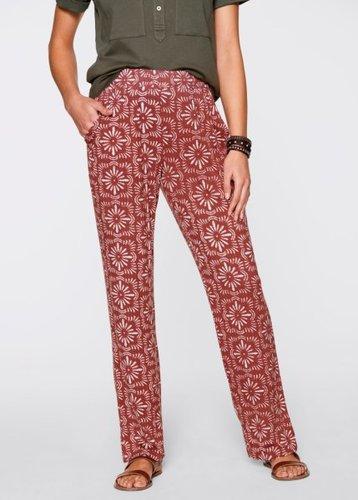 Трикотажные брюки-стретч (красное дерево/белый с принтом)