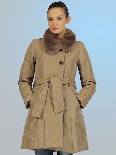 Зимнее пальто на синтепоне с меховым воротником