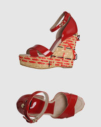 Обувь на танкетке D&;G