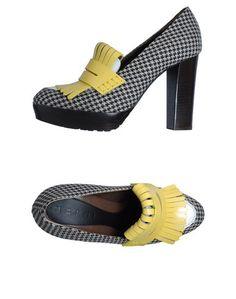 Лоферы на каблуке Marni