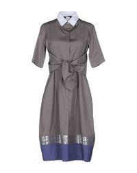 Платье до колена Pegorer