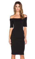 Облегающее платье с открытыми плечами - T-Bags LosAngeles