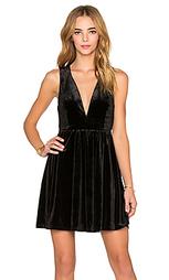 Платье v-neck velvet dress - Lucca Couture