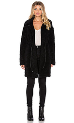 Пальто из искусственного меха curly - Twelfth Street By Cynthia Vincent