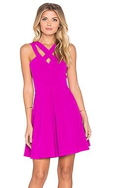 Приталенное и расклешенное платье wild at heart - Lumier