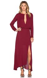 Макси платье с глубоким v-образным вырезом - krisa