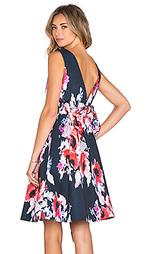 Цветочное платье солнцеклёш - kate spade new york